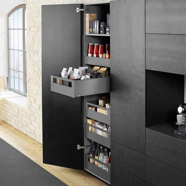 Blum LEGRABOX Space tower